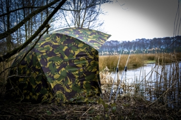 lightest-brollies-for-carp-fishing